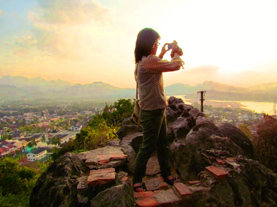 Top of Phu Si at sunset