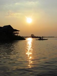 Sunset on the 4000 Islands Loas
