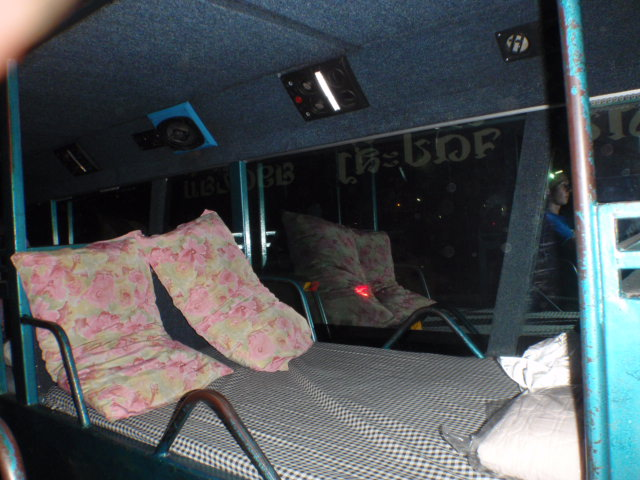Loas Sleeper Bus