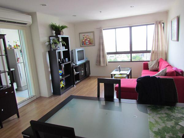 Living room lumpini place bangkok